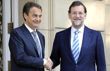 Los políticos se ríen de los españoles.